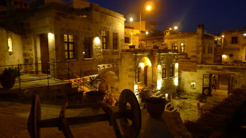 King Cave Hotel(Deluxe Triple Room) - Nevşehir - Gruta