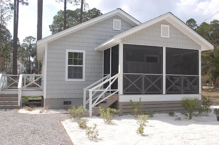 Beach Cottage 2 - Mexico Beach Area - Port Saint Joe - Maison