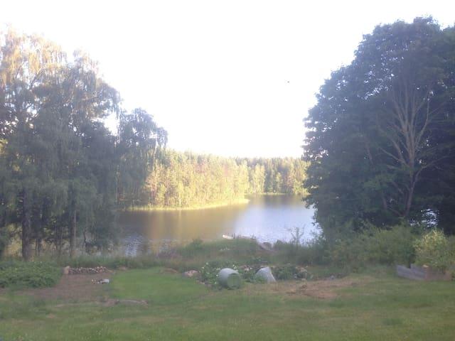 Room by the lake Holpen - Åby - Houten huisje