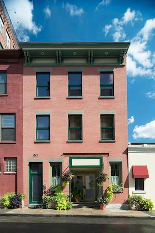 Upscale loft, in Downtown Yonkers - Yonkers - Apartmen