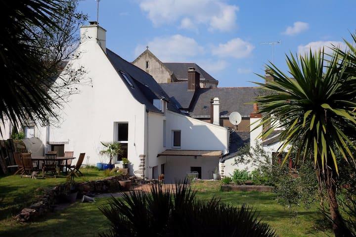 Maison de caractère avec jardin exposé sud - La Roche-Bernard - Hus