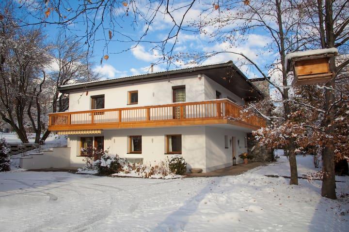 Herzlich willkommen in den Tiroler Bergen - Gemeinde Imst - Apartamento