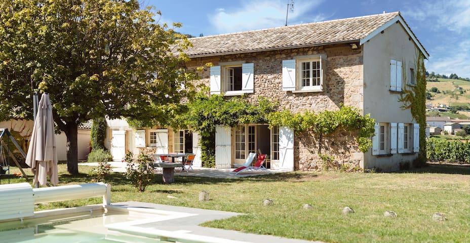 Grande maison dans les vignes - Vauxrenard - Dům