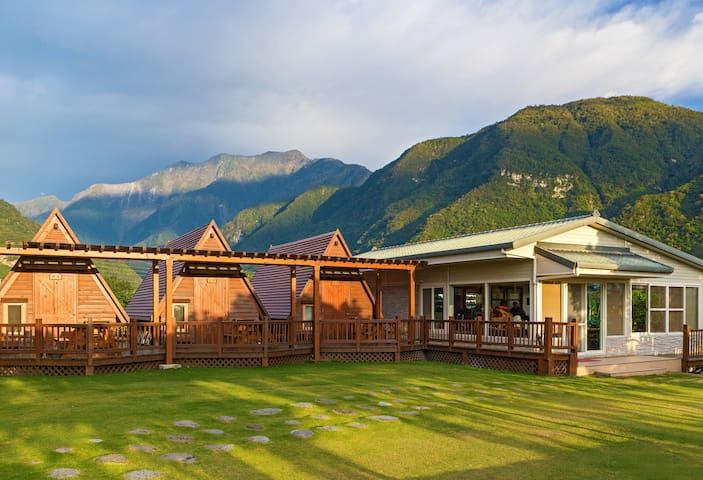 Hualien Taroko YU's B&B 和室雙人房Cabin - Xiulin Township - Bed & Breakfast