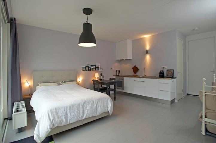 Modern luxe appartement Centrum Alkmaar - Alkmaar - Lägenhet