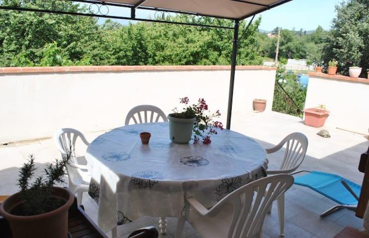 Appartement avec terrasse - Saint-Jean-Pla-de-Corts - Wohnung