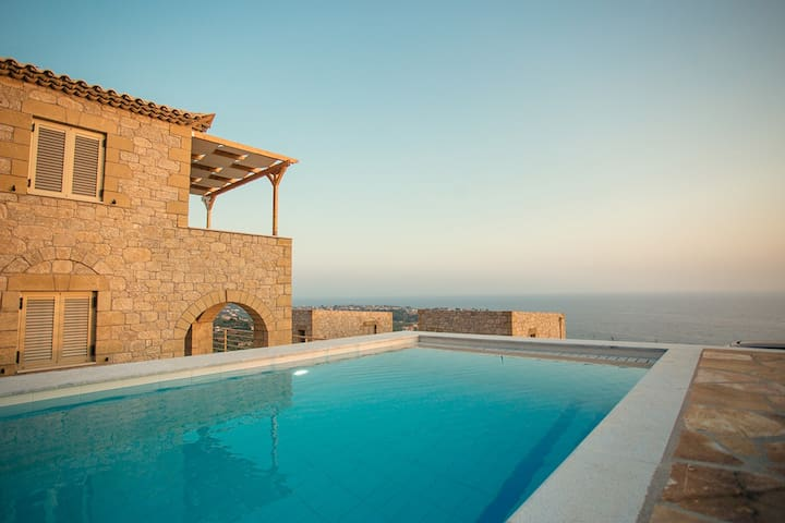 Tseralia Houses 2- private pool - Stoupa - Vila