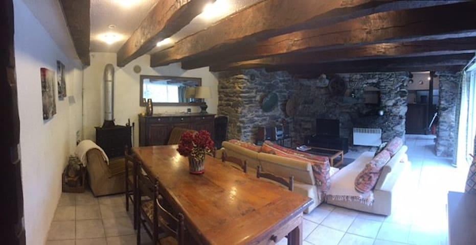 Appartement dans les Pyrénées en bord de rivière - Soueich - Daire