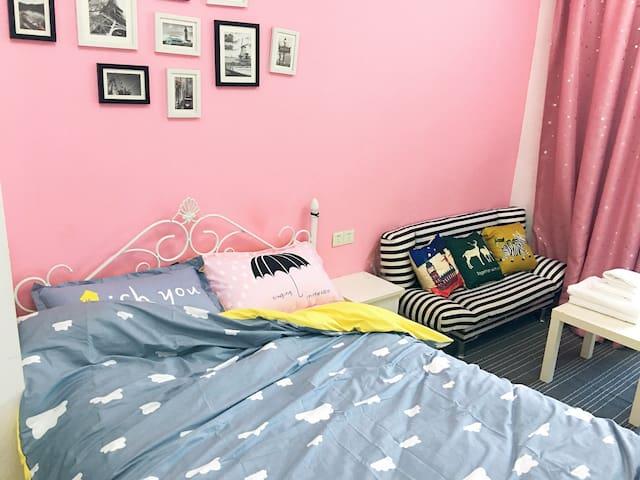 市中心台江区宝龙城市广场 万象城 万科广场旁 大床房 粉红系列 - 福州市