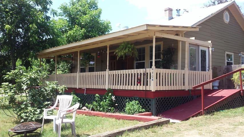 1902 Farm House - Bandera - Hus