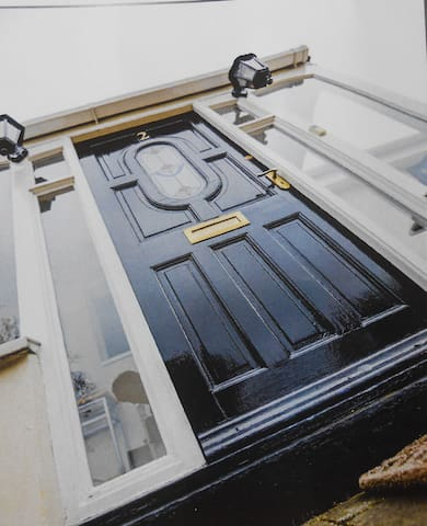 Private accommodation, own access, spacious - Ormskirk - Bed & Breakfast