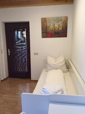 Single Appartement Nürtingen Center - Nürtingen - Leilighet