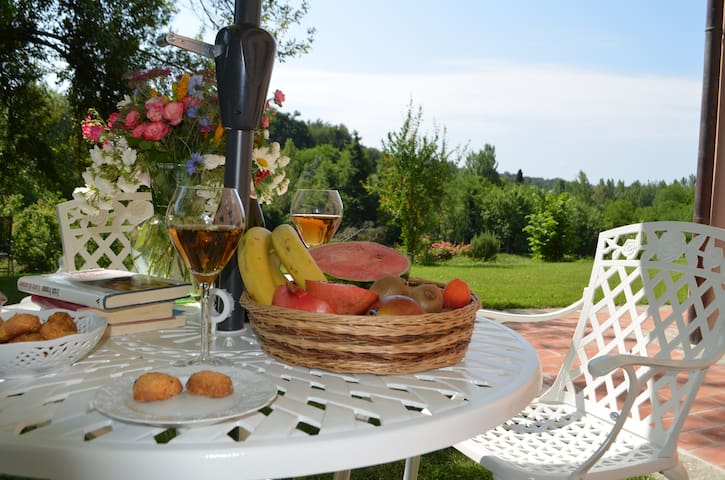Charming B & B in Tuscany farmhouse - Penna - Bed & Breakfast