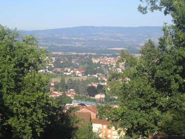 Entre ville et campagne - Saint-Just-Saint-Rambert