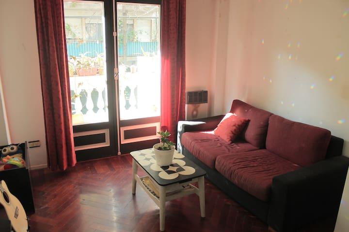 Private room in Flores - Buenos Aires - Leilighet