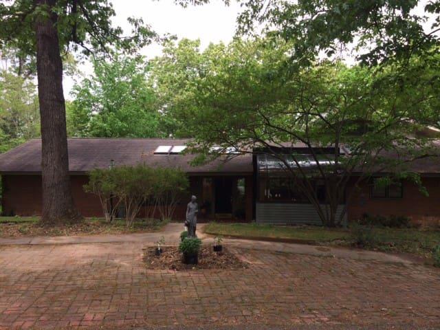 5000 sq ft Exec Lake House Retreat - Rogers - Haus