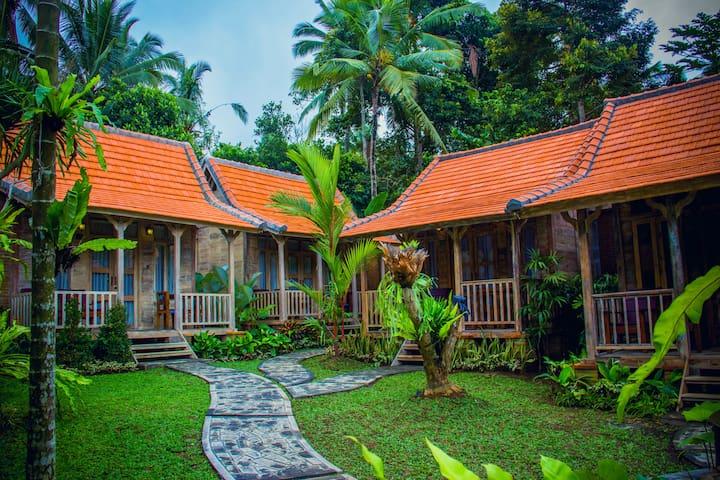 Bale Kayu at De Umah Bali - Tembuku - Maison