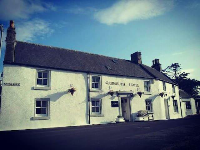 Garmouth Hotel - Speyside Village Pub. Double Room - Garmouth - Bed & Breakfast