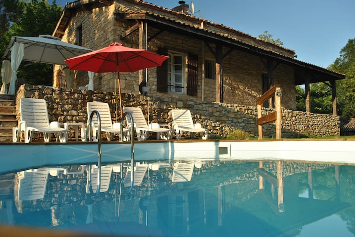 Beautiful stone cottage with a NEW swimming pool - Saint-Front-sur-Lémance - Rumah
