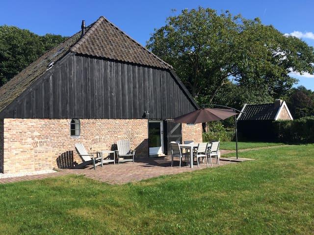 Landelijk gelegen vakantiehuis op de Veluwe - Hierden