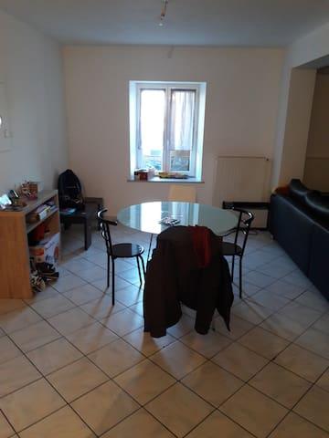 F3 spacieux idéal couple ou famille - Rezonville - Departamento