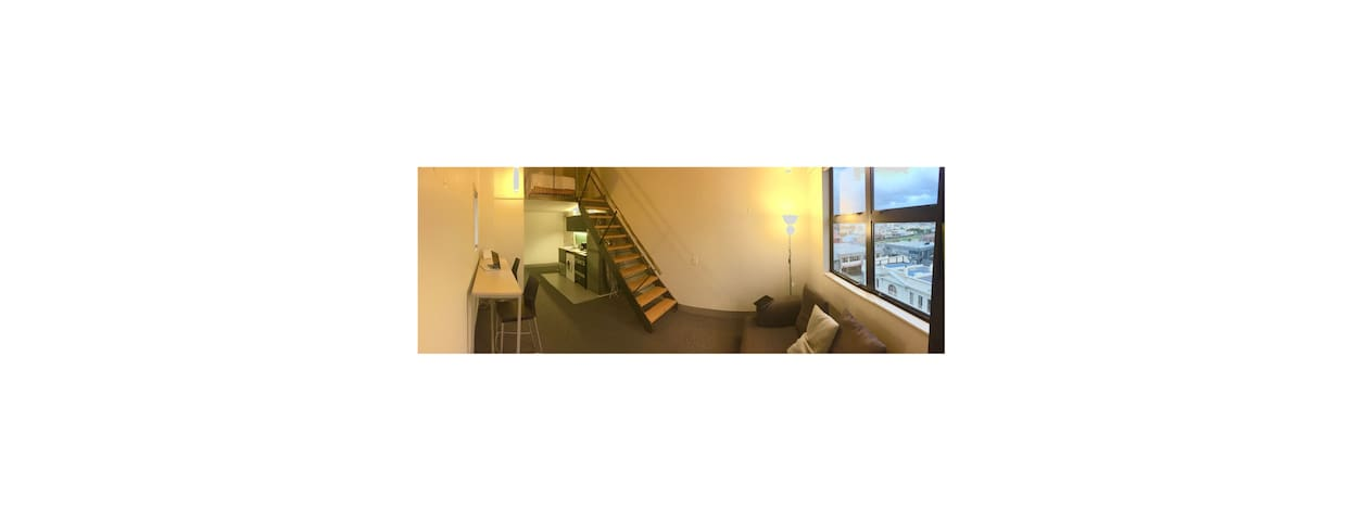 Loft style apartment near trendy Cuba St. - Wellington - Apartmen