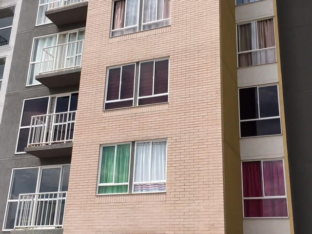Apartamento frente al Centro Comercial Llanogrande - Palmira - Leilighet