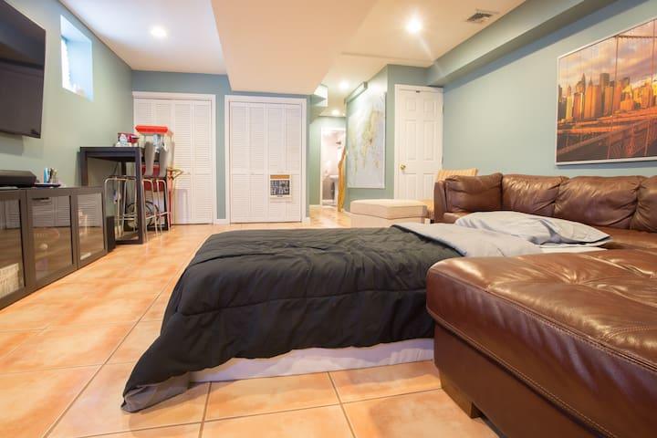 Private Studio, Priced Like A Room - Hackensack - Rivitalo