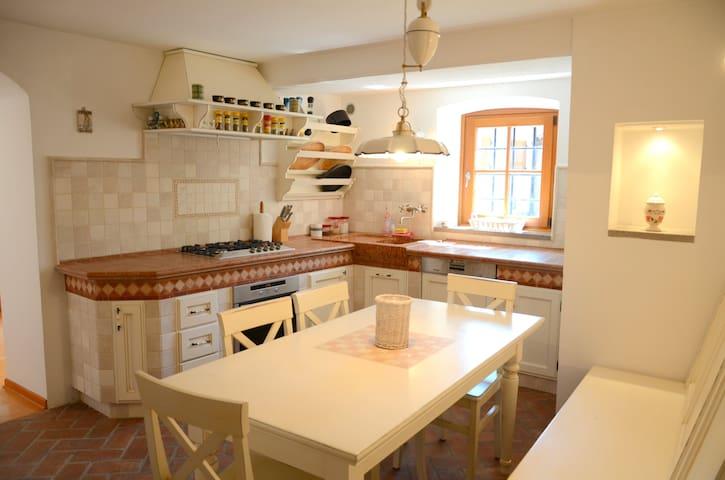 Luxury and charming Karst House in idyllic village - Pliskovica - Vila