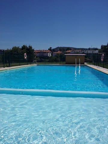 LUXERY APARTMENT WITH POOL NEAR BEACHES - Gama - Apartemen