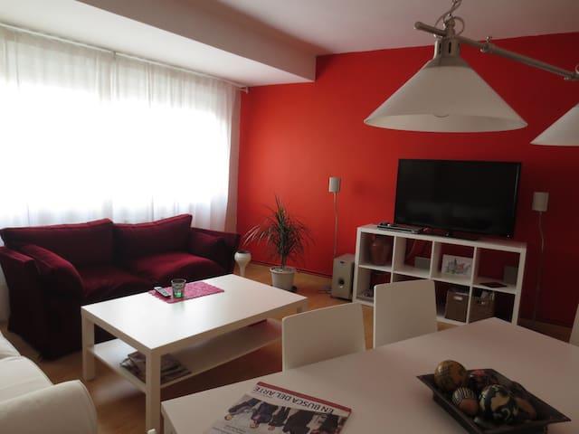 Piso amplio y recién reformado - Pontevedra - Lägenhet