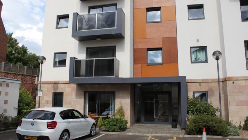 Stylish 1 Bedroom Apartment - Chesterfield  - Appartement