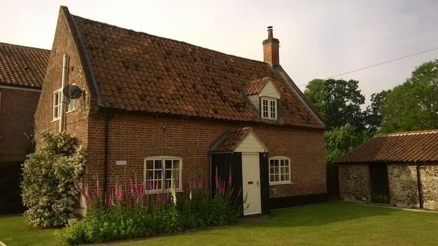 The Dairy - Cockley Cley - Huis