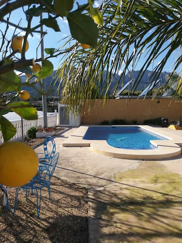 Country Finca with private pool sleeps 6 to 8. - Polop