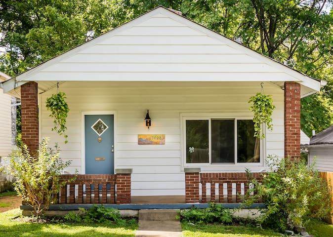House near Washington University - St. Louis - Huis