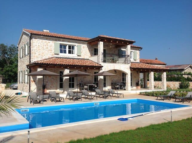 Villa Margarethe for privacy and relaxation . - Brtonigla - Villa