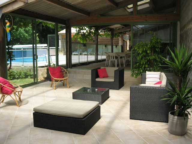 maison de campagne (10 pers)  avec piscine privée - Fenioux - Casa