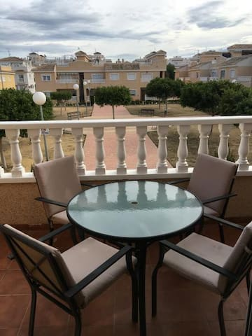 Holiday apartment with large private roof terrace - Formentera del Segura - Pis