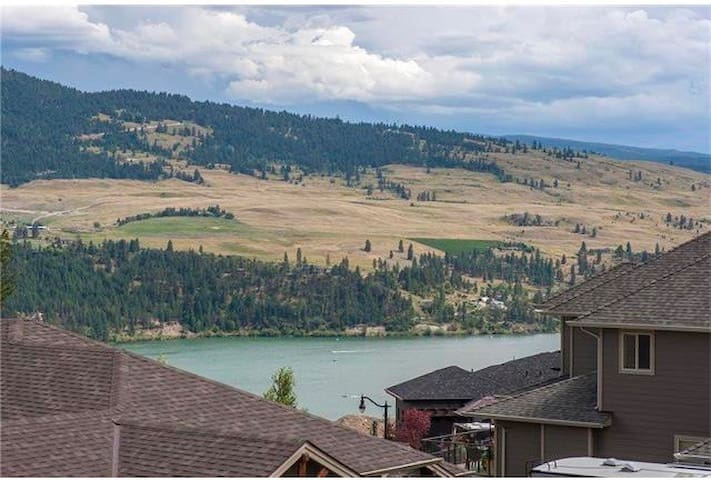 Private 2 bedroom suite in beautiful Lake Country. - Lake Country