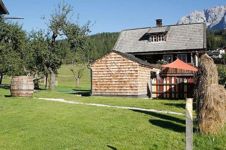 Nice renovated house in great location - Ramsau am Dachstein - Dom