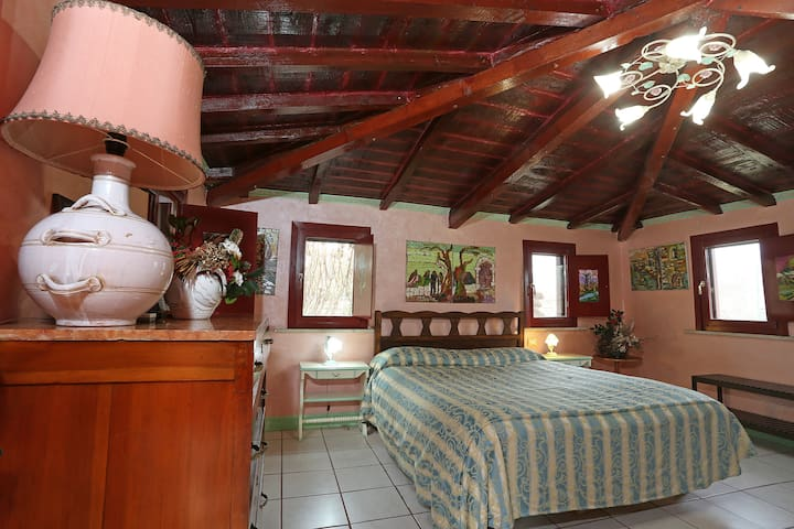 "Cam104 ""Family Cottage"" in Country House near Rome - Cave - Bed & Breakfast"