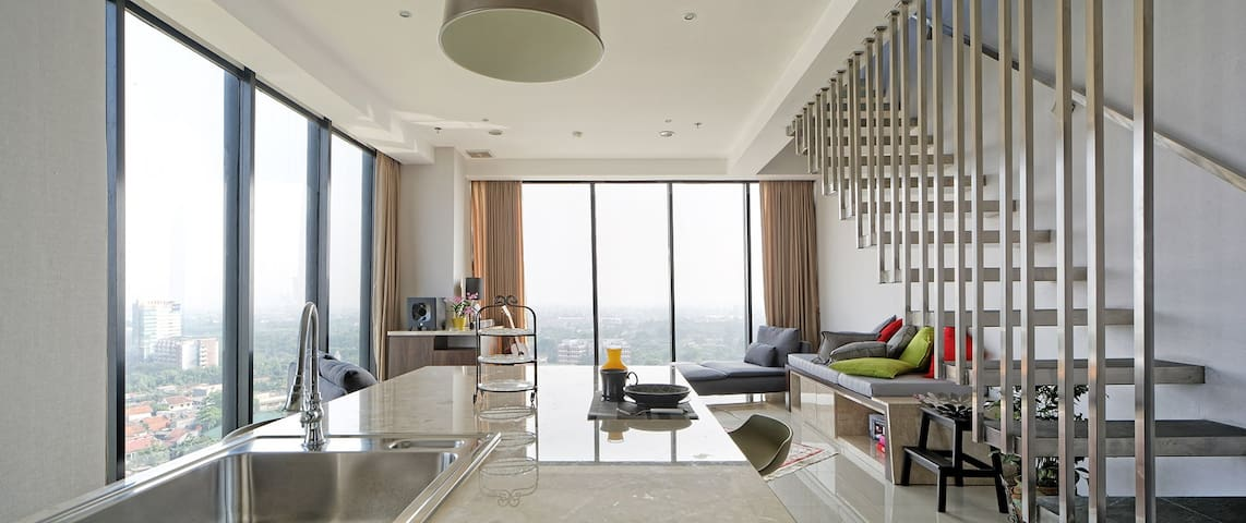 PENTHOUSE THE MEDINA APARTMENT - Kelapa Dua - Leilighet