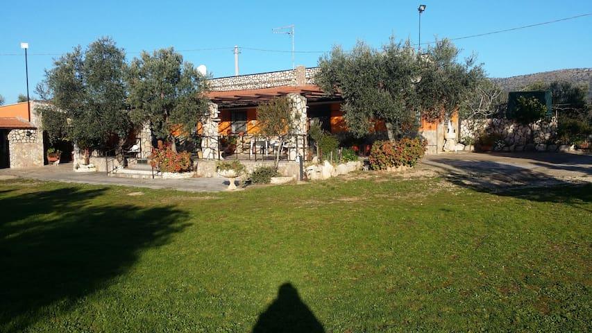 The Petrera is a fabulous and welcoming House - San Giovanni Rotondo - Villa