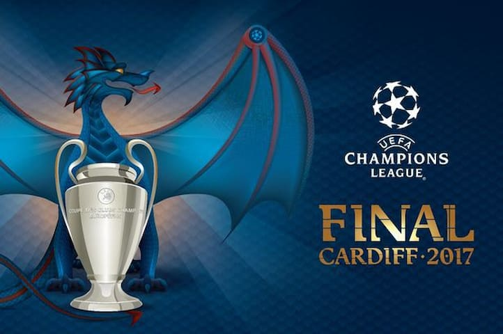 Champions League Final House Stay & Transport - Risca - Casa