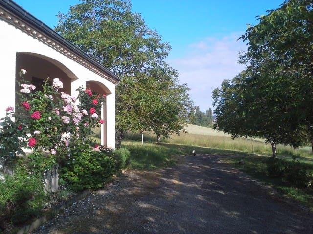 Le Chambaud, joie de vivre en Périgord noir - Belvès - Casa