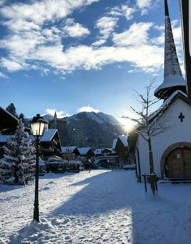 Gstaad city Flat (Chalet) - Gstaad  - Lägenhet