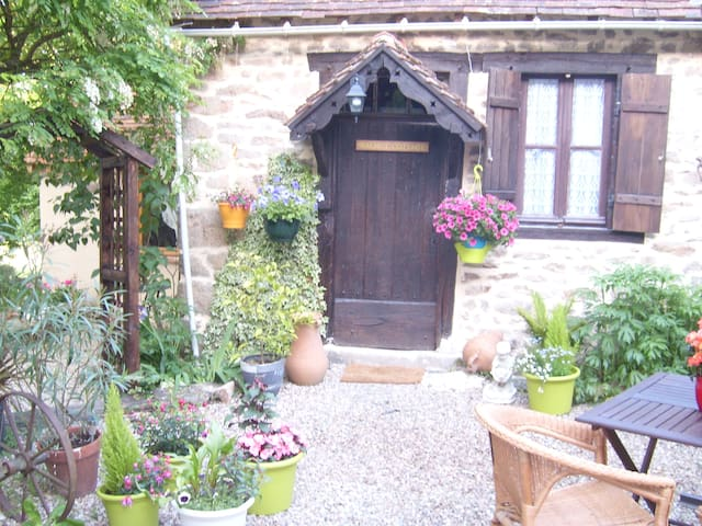 Walnut Cottage - Saint-Sébastien - Ev