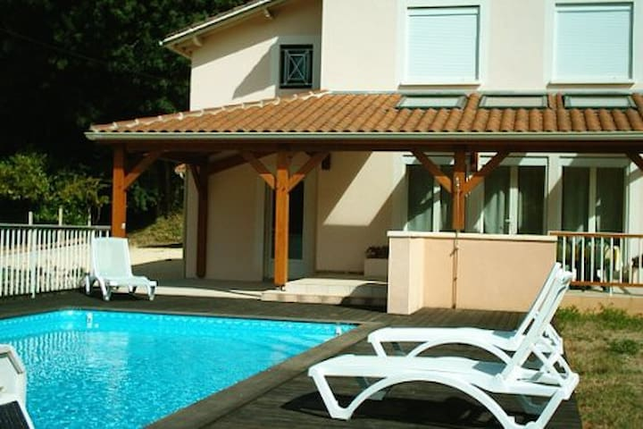 maison détente dans un écrin naturel - Montcabrier - Casa