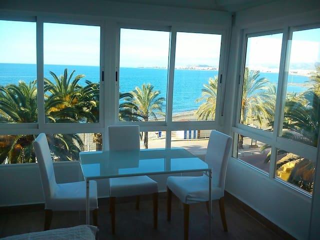 Estudio frontal al mar, sol y playa - Algarrobo - Lägenhet