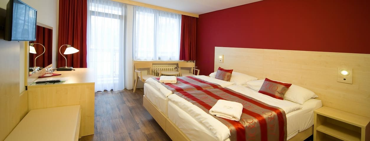 Studio with breakfast (hotel room without kitchen) - Prague - Bed & Breakfast
